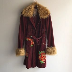 Johnny was embroidered coat Sz small